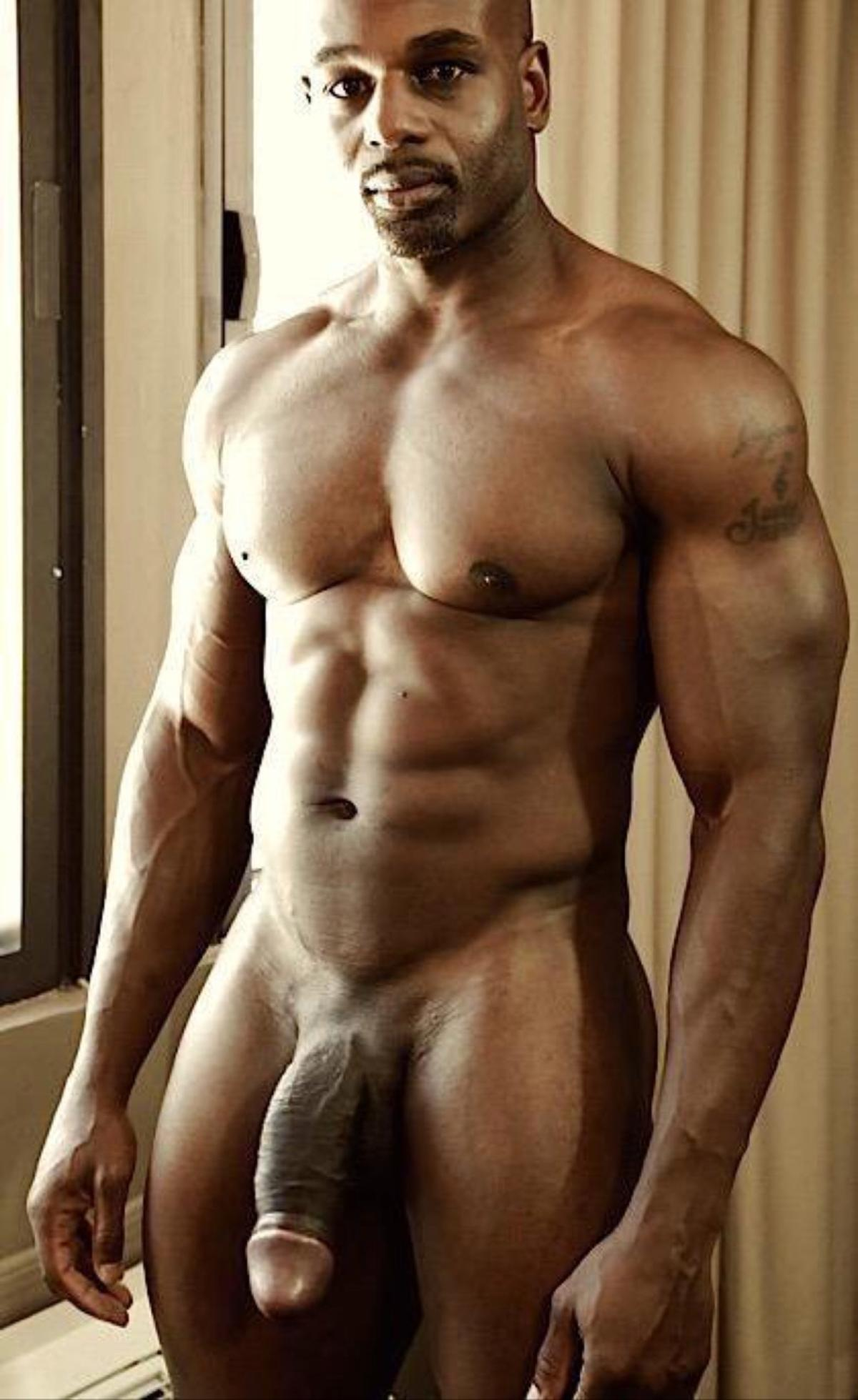 Right Black naked men pics